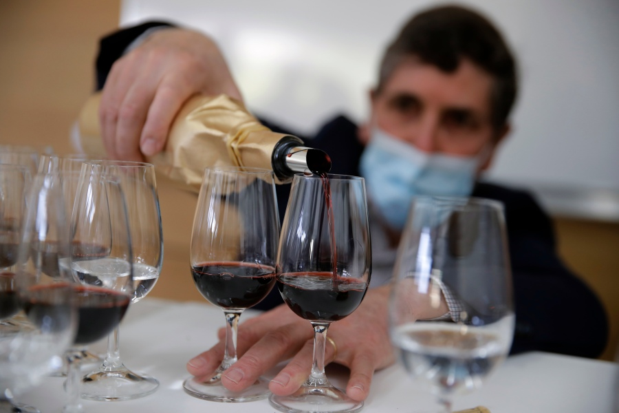 - AP21069426163105 - Space-aged wine: Why aging wine in space creates different taste, smell, appearance